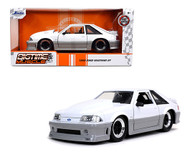 1989 FORD MUSTANG GT WHITE 1/24 SCALE DIECAST CAR MODEL BY JADA TOYS 32668