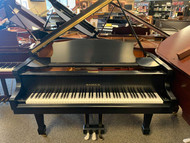 Samick SIG57 Ebony Satin Grand Piano with Bench - NEW