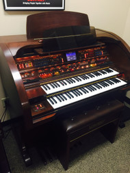 Lowrey Sensation SU430 Organ with Deluxe Bench