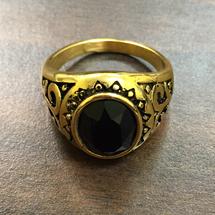 Elegant Round Rings in Classic Design with Black Stone