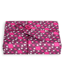 CRACKLE WRAP: PINK/PURPLE- MEDIUM (48CM X 48CM SHEET) Medium Crackle fabric wrap in Pink/Purple. Shown wrapping example gift.