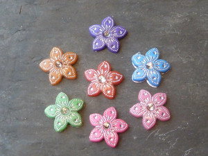 Silver Detailed Pointed Flower Cabochons
