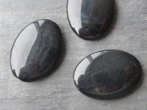 Black Agate Ovals 25x35mm