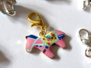 Dala Horse Clip-On Charm