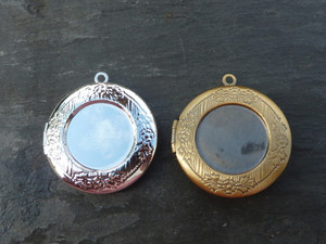 Round Lockets 30mm