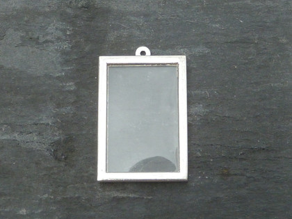 Photo Frame Pendants - Vertical Rectangles 20x30mm