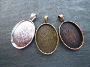 Oval Pendant Trays 18x25mm