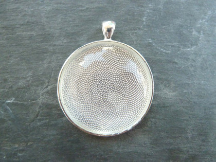 The BIG One!  38mm Round Pendant Trays