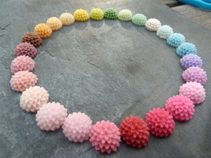 Chrysanthemum Flower Resin Cabochons 15mm