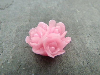 Resin Flower Clusters 16mm
