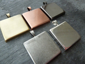 Square Lightweight Pendant Trays Blanks 25mm