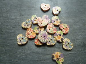 Flowery Wooden Buttons 18mm