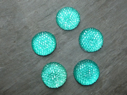Round Glittery Resin Cabochons 18mm