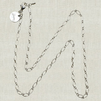 Delicate Loop Chain