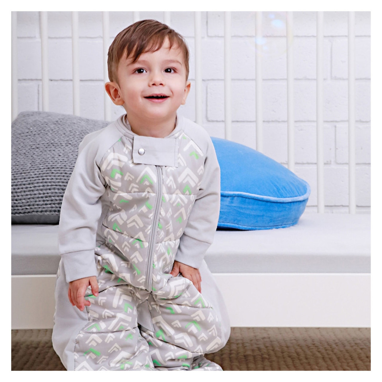 63823fa46 ergopouch Organic Grey Mountains SleepSuit 2.5 Tog - baby   toddler ...