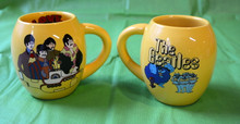 THE BEATLES- 18 OZ CERAMIC MUG - YELLOW SUBMARINES - NEW IN BOX - LENNON - McCARTNEY