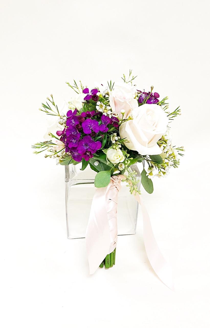 Summer S Garden Bouquet Loveland Wedding Florist Earle S Flowers