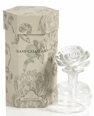 Beautiful porcelain diffusers with amazing fresh scents. The most elegant gifts and we stock different sizes!