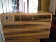 FRIGIDAIRE 12000 BTU AIR CONDITIONER 3 SPEED FAN MOTOR 3 COOLING OPTIONS COOL ENERGY SAVER AND FAN ONLY SETTING NEED SPECIAL OUTLET TO PLUG IT IN SEE 230  VOLTS NEED SPEICAL OUTLET SEE PICTURE LOCATED IN OUR PORTLAND OREGON APPLIANCE STORE