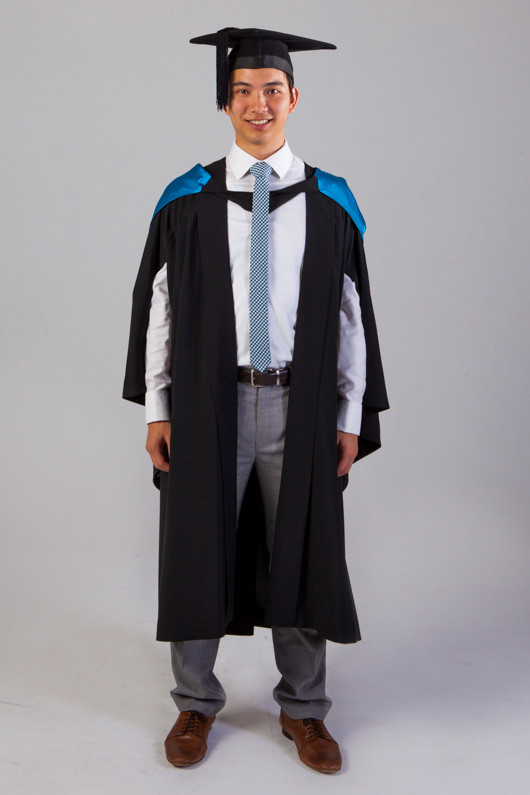 Qut Bachelor Graduation Gown Set Science And Engineering Gowntown