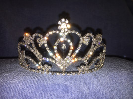 "2.5"" tall crown with side combs (zh003)"