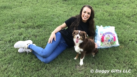 We love our doggygifts friends - Christina and Aspen