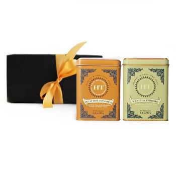 This gift set contains 2 tins with 20 sachets in each: Decaf Hot Cinnamon Spice and Decaf Vanilla Comoro Teas from the Harney & Sons HT Collection.