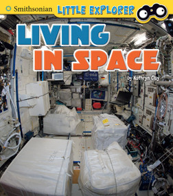 Living in Space - 9781515736714 by Kathryn Clay, 9781515736714