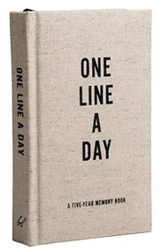 Canvas One Line a Day (A Five-Year Memory Book (Yearly Memory Journal and Diary, Natural Canvas Cover)) (Miniature Edition) by Chronicle Books, 9781452174792