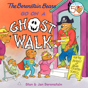 The Berenstain Bears Go on a Ghost Walk by Jan Berenstain, Jan Berenstain, Stan Berenstain, 9780060573836