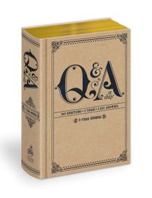 Q&A a Day (5-Year Journal) (Miniature Edition) by Potter Gift, 9780307719775