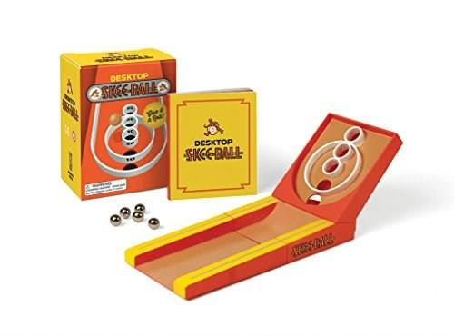 Desktop Skee-Ball (Give it a roll!) (Miniature Edition) by Running Press, 9780762460816