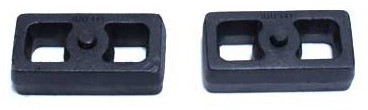 "2001-2010 Chevy Silverado 2500 HD 2wd/4wd 1"" Cast Lift Blocks - MaxTrac 810010"