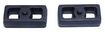 """1999-2006 GMC Sierra 1500 2wd 1.5"""" Cast Lift Blocks - MaxTrac 810015"""
