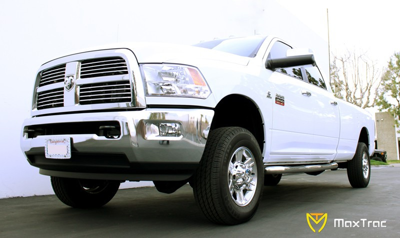 252130-8 Maxtrac Suspension 3 Front Lowering Coil for RAM 1500 V8 Engine