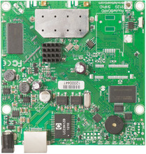 MikroTik RB911G-2HPnD RouterBOARD with 600Mhz Atheros CPU, 32MB R ( RB911G 2HPnD )