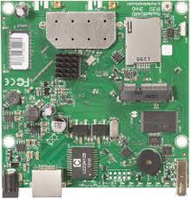MikroTik RouterBOARD RB912UAG-2HPnD 2.4GHz 1000mW Integrated Wireless 11b/g/n 600Mhz 64MB 1xGiga USB