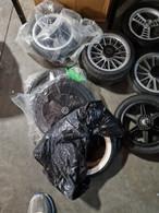bottom tyres for white side