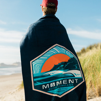 Moment Sunset Cape Towel - Navy