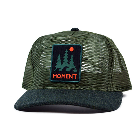 Moment Trees And Waves Mesh Hat - Forest Green