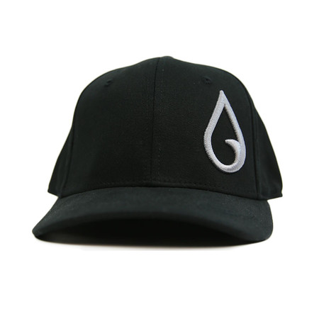 Moment Raindrop Flexfit Hat