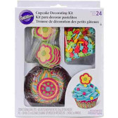 Wilton Flowers Cupcake Decorating Kit
