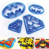 BATMAN & SUPERMAN SET COOKIE CUTTER  4 PIECES