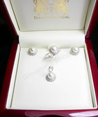 Marilyn White Pearl & Diamond Set
