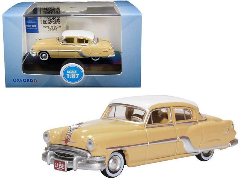 1954 Pontiac Chieftain 4 Door Maize Yellow Winter White Top 1/87 HO Scale Diecast Model Car Oxford Diecast 87PC54002