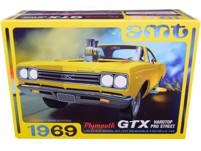 Skill 2 Model Kit 1969 Plymouth GTX Hardtop Pro Street 1/25 Scale Model AMT AMT1180 M