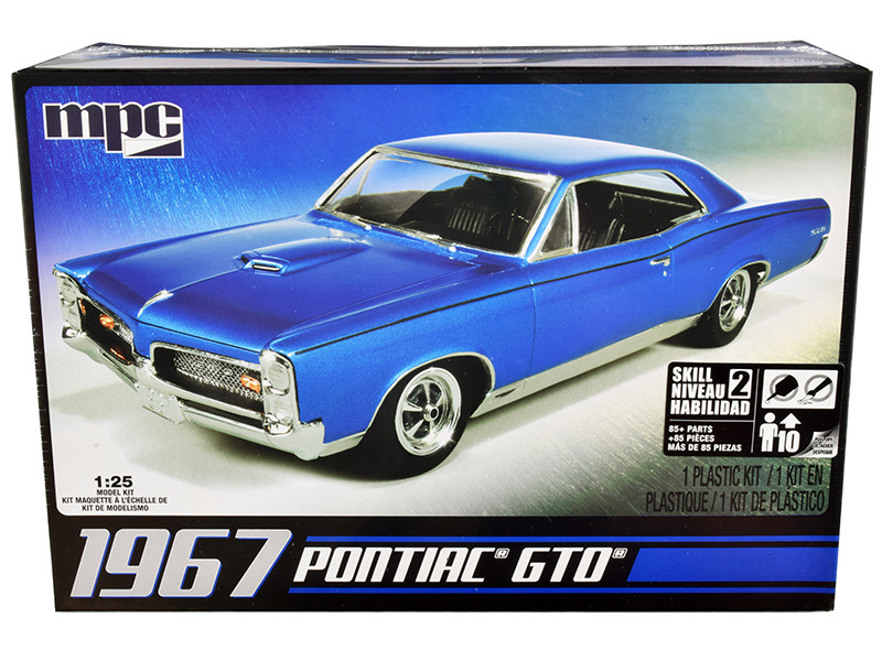 Skill 2 Model Kit 1967 Pontiac GTO 1/25 Scale Model MPC MPC710 L
