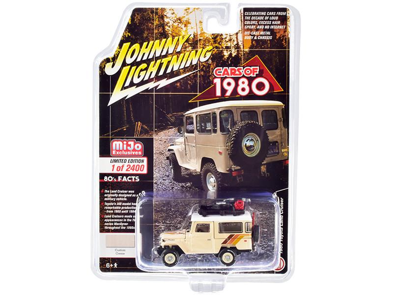1980 Toyota Land Cruiser Custom Cream Stripes White Top Accessories Limited Edition 2400 pieces Worldwide 1/64 Diecast Model Car Johnny Lightning JLCP7331