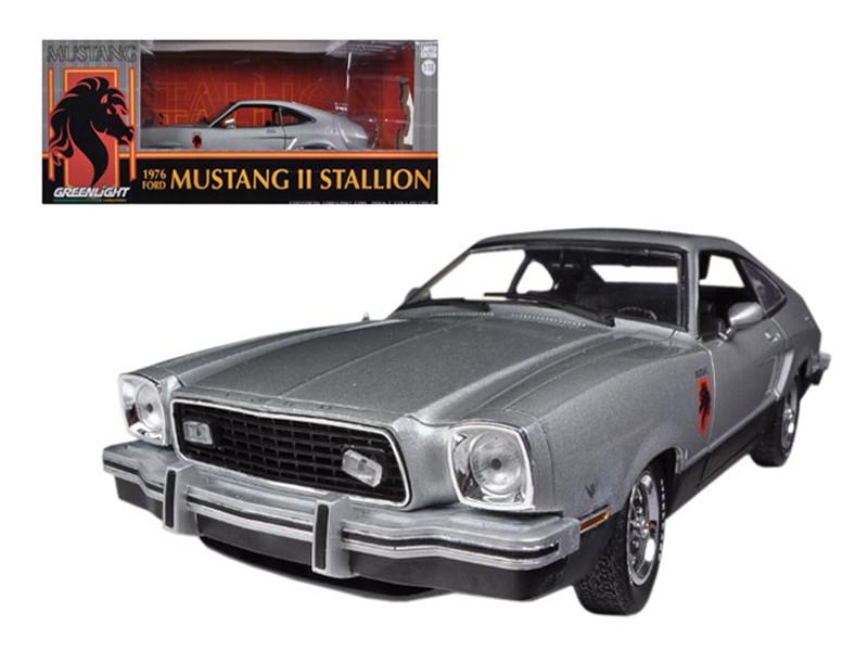 1976 Ford Mustang II Stallion Silver / Black 1/18 Diecast Car Model Greenlight 12890
