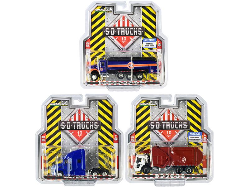 SD Trucks 3 piece Set Series 10 1/64 Diecast Models Greenlight 45100